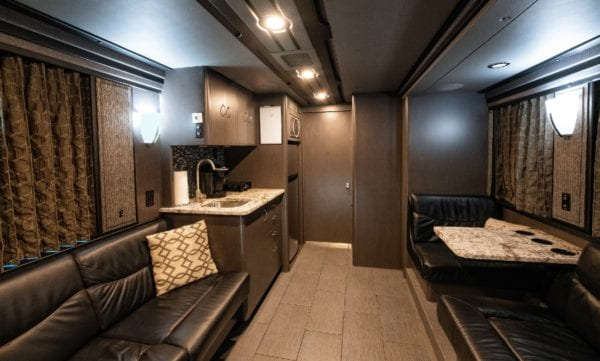 12 bunk entertainer coach leasing in Tennessee